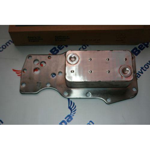 Маслоохладитель (теплообменник) двигателя Cummins -- Камминз 6ISBe  Арт. 3975818, фото 2